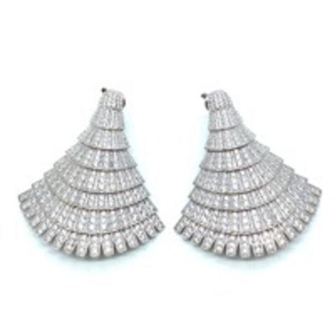 Роскошные, крупные серьги из серебра с цирконами