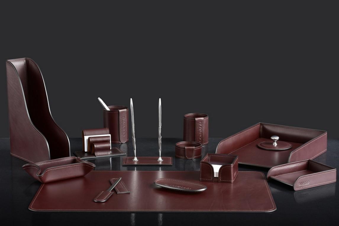 На фото набор на стол руководителя 73117 14 предметов кожа LUX Full Grain цвет