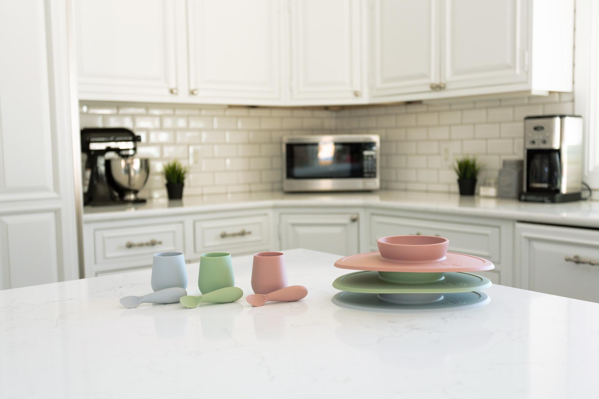 Набор из 4-х предметов цвет коралловый EZPZ First Food Set
