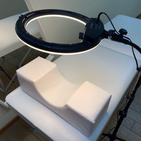 Кольцевая лампа для наращивания ресниц RC240 фото