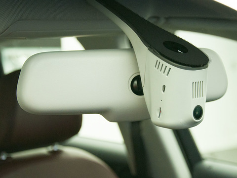 Автомобильный видеорегистратор Axiom Audi Special Wi-Fi