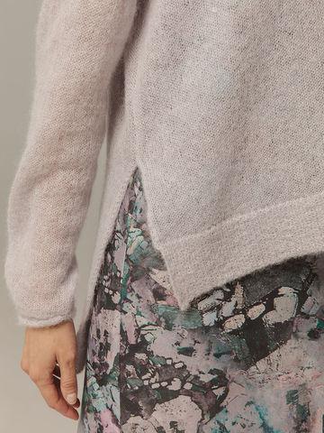 Женский серый джемпер с V-образным вырезом 100% мохер - фото 3