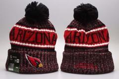 Шерстяная вязаная шапка футбольного клуба Tampa Bay (NFL) с помпоном
