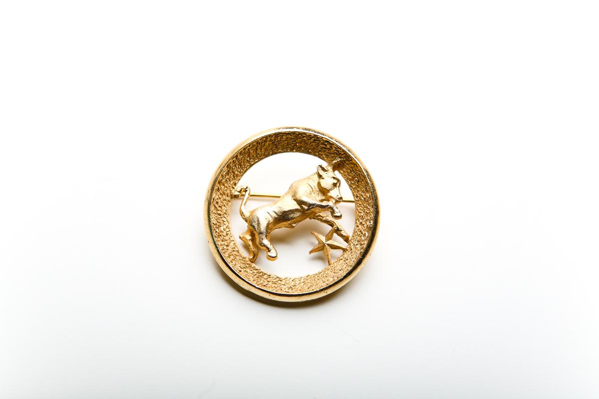 Брошь «Телец» из серии «Знаки зодиака» от Trifari