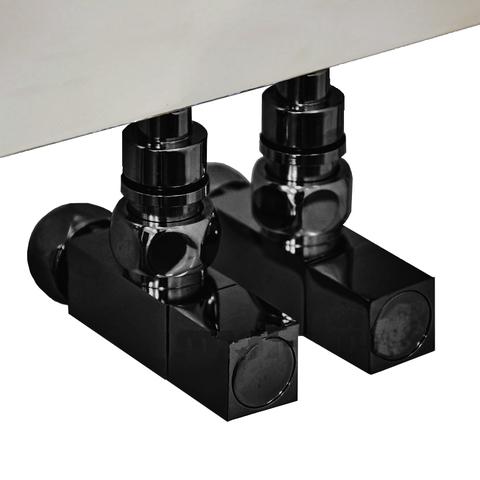 Вентиль квадратный регулировочный прямой черного цвета.