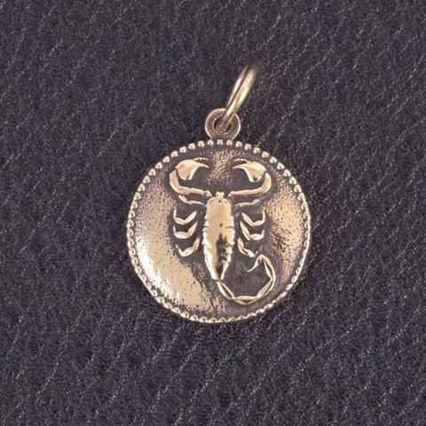 Кулон двухсторонний Скорпион из бронзы RH00711
