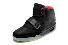 Nike-Air-Yeezy-2-by-Kanye-West-Black-Krossovki-Najk-Аir-Izi-2-Kan'e-Vest-Chernye