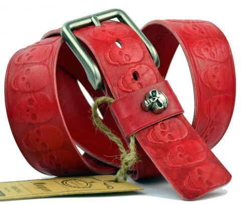 Отличный мужской высокачественный красный брутальный джинсовый ремень 40 мм из натуральной итальянской кожи с черепами 40Mayer-047
