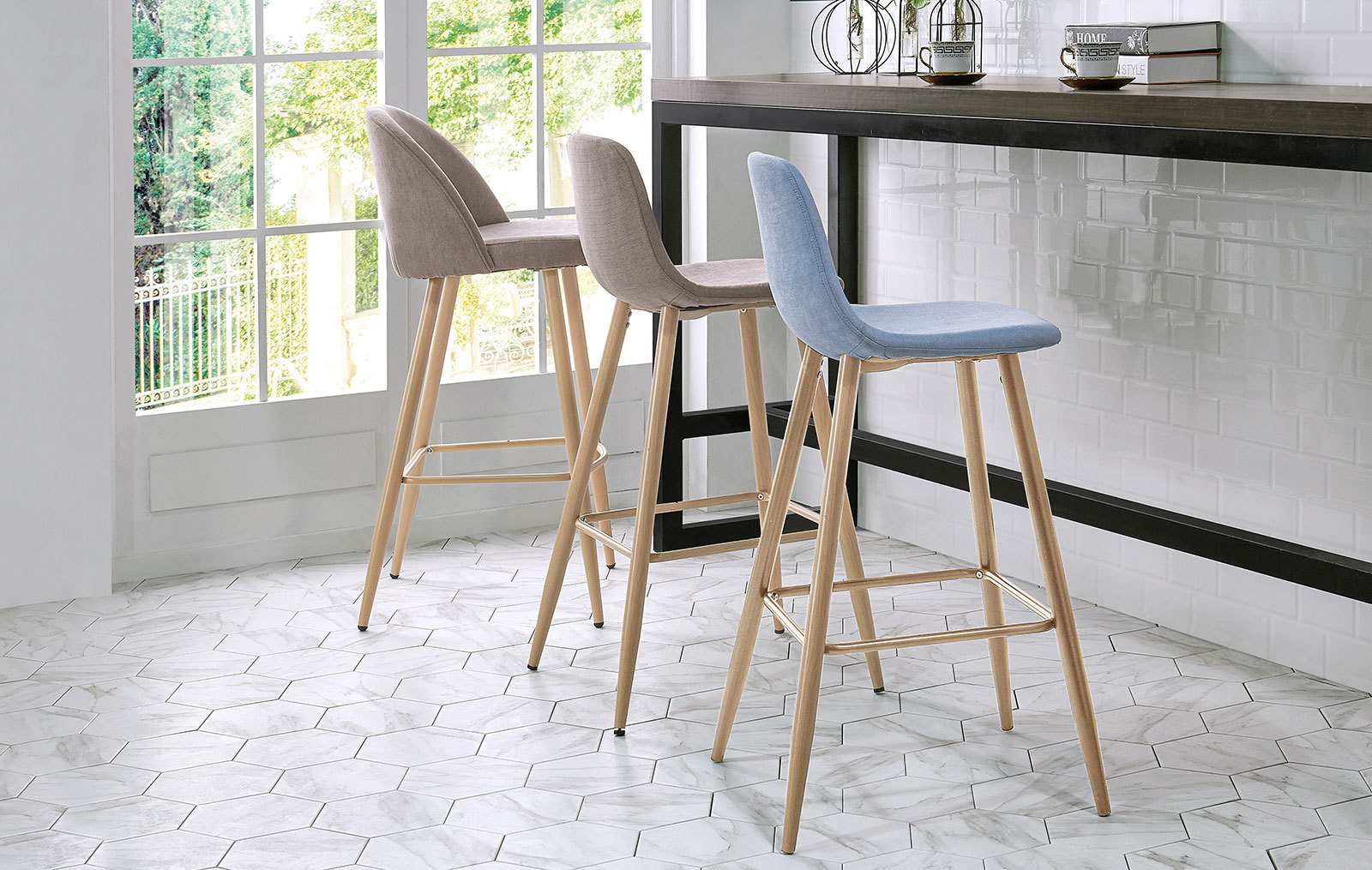 Барные стулья ESF 373B  и 350B