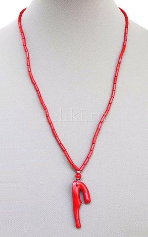 коралловое ожерелье с кулоном
