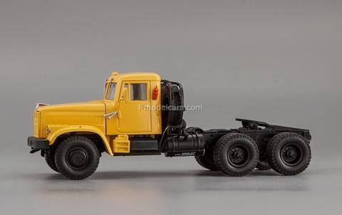 KRAZ-258B truck tractor yellow 1:43 Nash Avtoprom