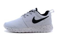Кроссовки Женские Nike Roshe Run Noir Blanc All White Black Logo