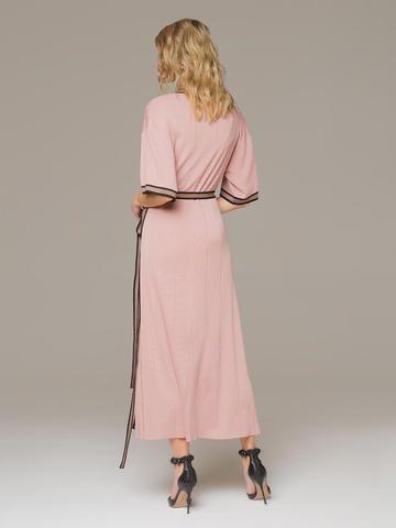 Женское платье розового цвета с запахом - фото 3