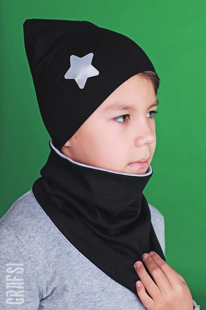 090Р Шапка двухслойная со звездой светоотражающей и жаккардовой этикеткой. Черная.