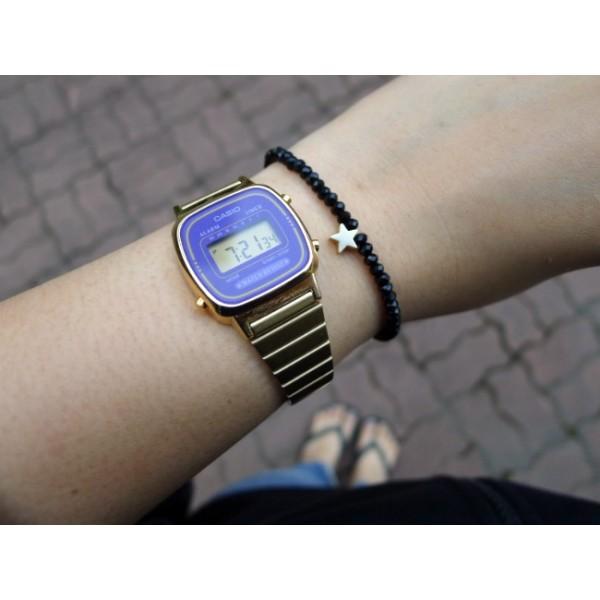 Как правило, такими деталями оснащаются умные часы с насыщенными led дисплеями от известных брендов.