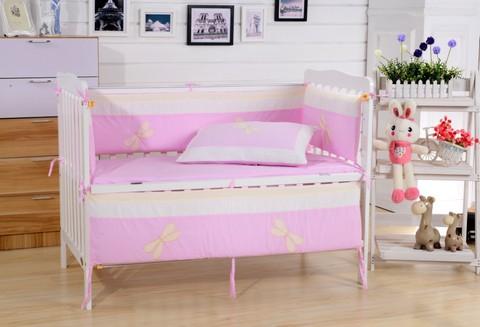 Комплект постельного белья  в кроватку с бортиком ТМ Вальтери Россия DK-23