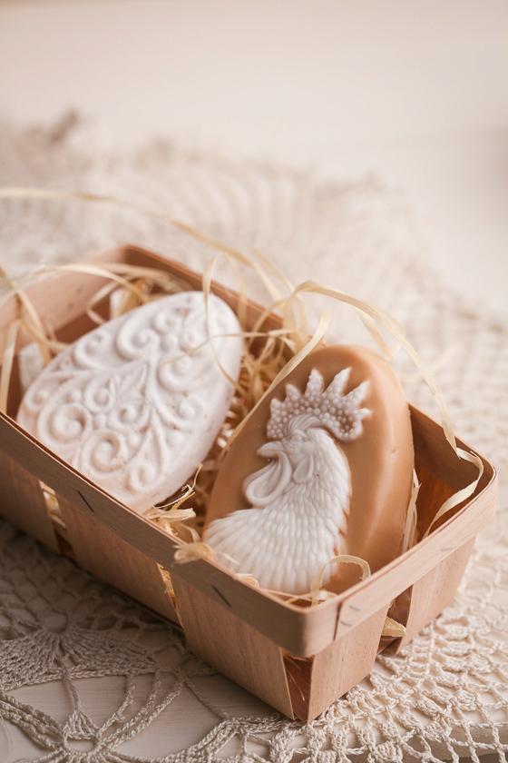 Мыло в виде яйца. Форма с орнаментом