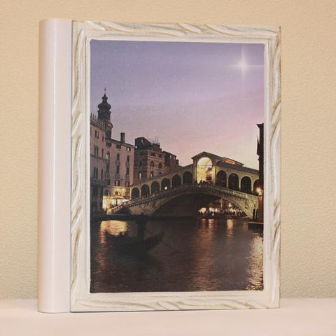 Фотоальбомы с деревянной обложкой с Вашим рисунком
