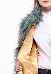 Самые модные эко шубы: цветной мех в основе коллекции