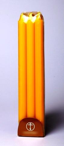 Набор желтых свечей