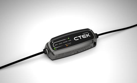 Ctek CT5 POWERSPORT зарядное устройство для автомобильного аккумулятора