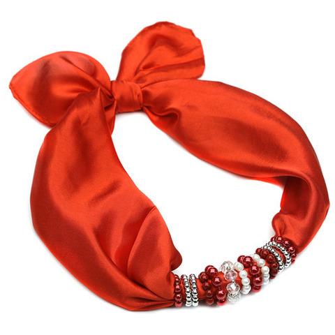 Косынка с ожерельем