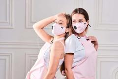 Защитная угольная маска c фильтром FSK (розовая)