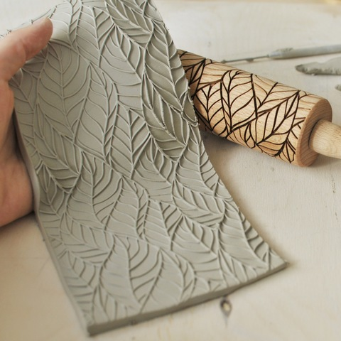 CONTOUR LEAVES - kids engraved rolling pin