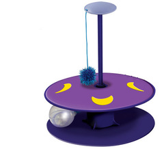 Petstages Whisper Track with Twinkle Ball