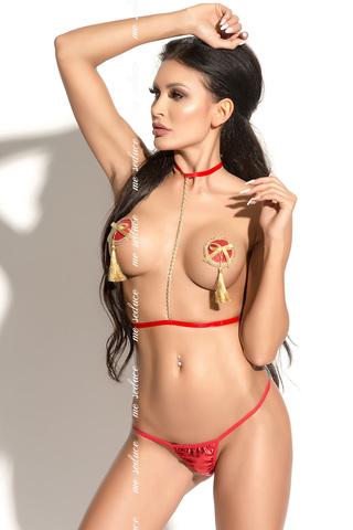 Красная женская портупея с металлической цепочкой