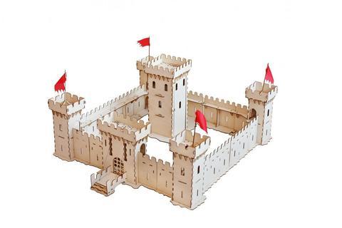 Большая средневековая крепость