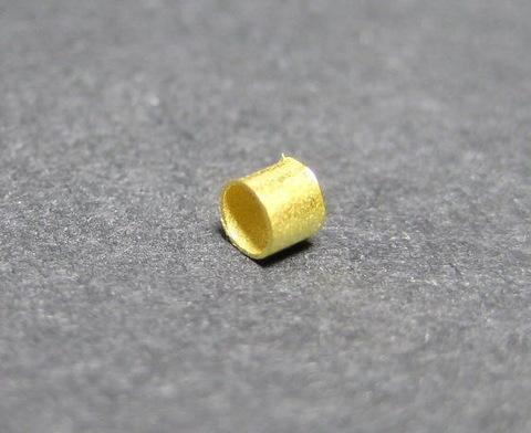 Кримпы - зажимные бусины - трубочки 1,5-1,8 мм (цвет - золото), 2 гр (примерно 300 штук) ()
