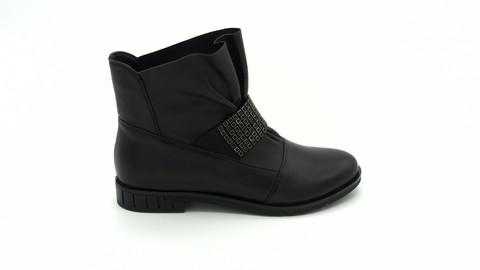 Черные кожаные ботильоны на низком каблуке