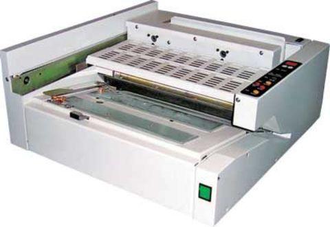 Автоматическая термоклеевая машина Bulros GB-6210 - длина переплета от 100 до 340 мм, производительность до 140 книг в час, толщина обложки до 250 гр.