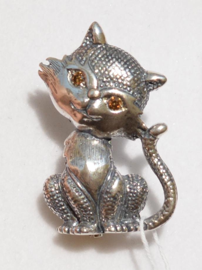 Муся (серебряная брошь)