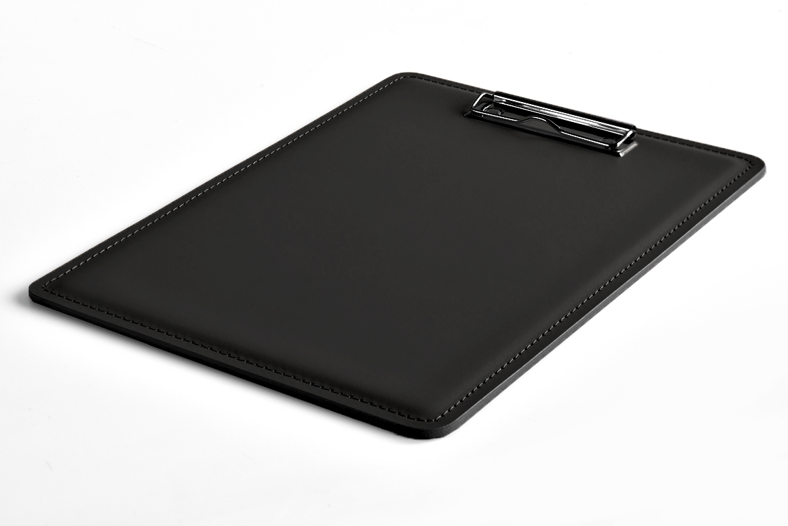 черный кожаный планшет с зажимом