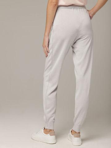 Светло-серые брюки из шёлка и кашемира спортивного силуэта - фото 4