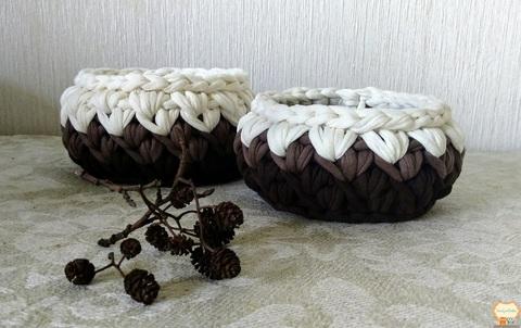 Комплект кошиків молочно-коричневі