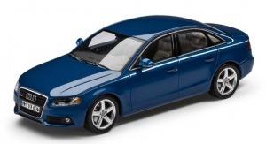 Коллекционная модель Audi A4 Blue