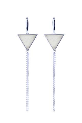 Серебряные серьги кисти с белым мрамором треугольной формы