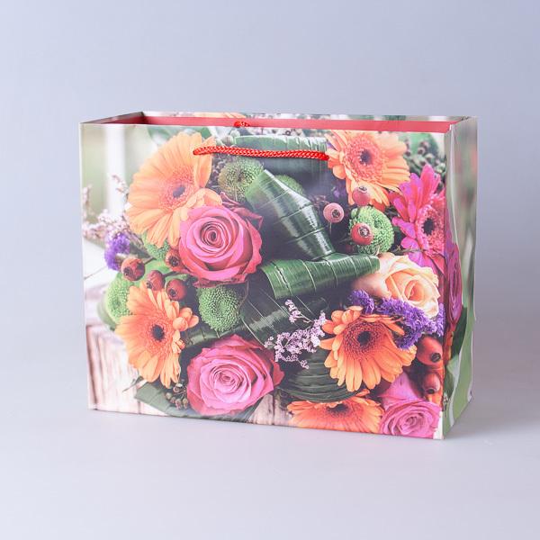 Пакет подарочный бумажный 22,5*18*10см, 640296-7