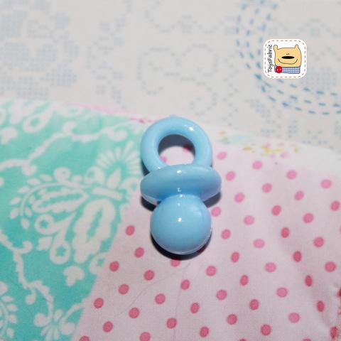 Соска пустышка пластиковая (голубая M) М121