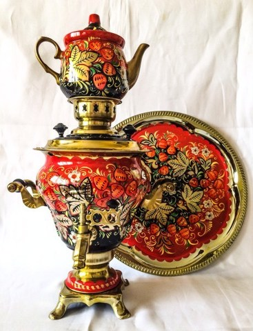 Самовар электрический трехлитровый в наборе с подносом и чайником с художественной росписью «Золотая клубника»