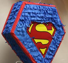 Пиньята Супермен