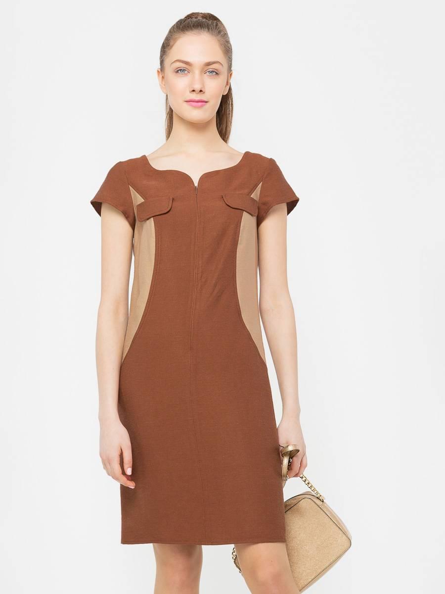 Платье З796-178 - Короткое двуцветное платье теплых оттенков коричневой гаммы  – сочетание шика и сдержанности. Особенность модели в притягивающем взгляд интересном фигурном вырезе горловины.Платье приталенного силуэта с небольшим втачным рукавом и декоративными элементами по линии груди. Застежка на потайную молнию спереди. Боковые вставки из более светлой ткани визуально стройнят фигуру.Платье незначительно маломерит в груди – учтите при заказе.Используя игру оттенков, платье прорисовывает идеальную фигуру. Вставки, отличающиеся по цвету, располагаемые на боках, позволяют получить желаемый результат. Подходящее решение для повседневной носки и светского мероприятия.