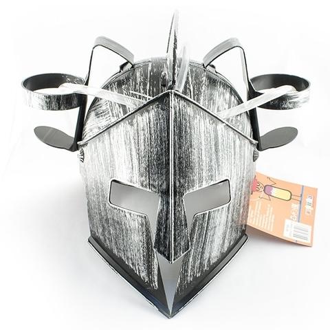 Каска с подставкой под банки