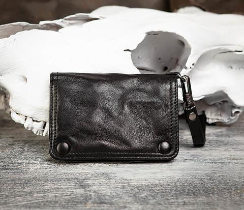 Мужской кожаный кошелек с ремешком на застежках