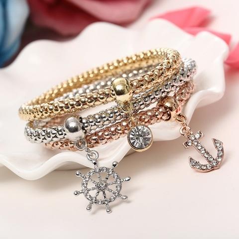 Набор браслетов в морском стиле