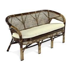 Плетеный трехместный диван из ротанга