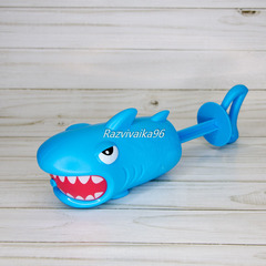 Водный пистолет Акула